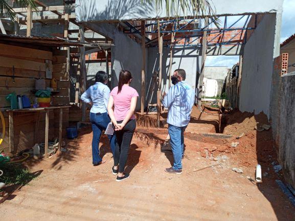 A presença dos profissionais de engenharia no local da obra evita problemas e prejuízos na construção. (Foto: Rildo Costa)