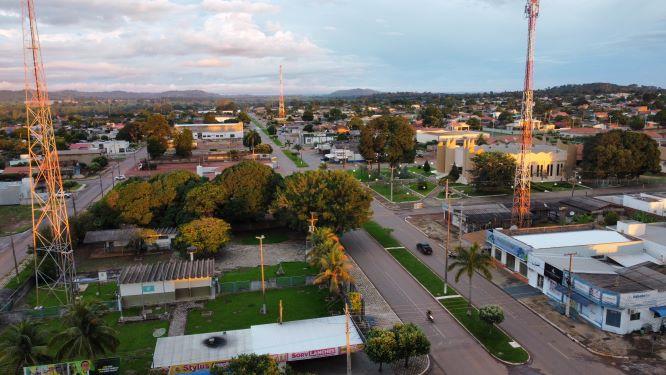 Área urbana cerejeirense. Se o campo produzir mais, a cidade melhora mais. (Foto: Leandro Paese)