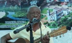 GUAJARÁ-MIRIM: Servidor público supera a Covid aos 76 anos e volta a cantar e encantar