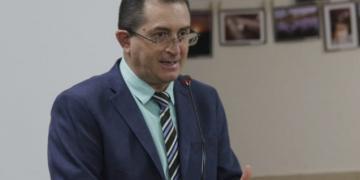 Vamos reiterar o ofício com apoio do deputado Mauro Nazif cobrando a ENERGISA em razão do péssimo serviço prestado em Cerejeiras, afirma Sapata
