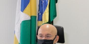 Senado instala a Comissão Temporária da Covid-19 e elege Confúcio Moura presidente