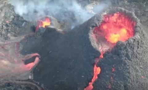 Drone capta imagem impressionante de vulcão em erupção