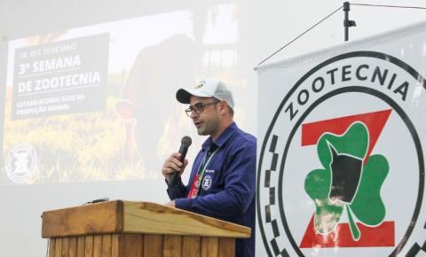 COLORADO DO OESTE: Coordenador do curso de zootecnia do IFRO é premiado nacionalmente