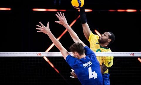 Após disputa acirrada, Brasil perde para França na Liga das Nações