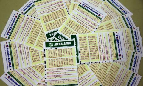 Ninguém acerta a Mega-Sena e prêmio acumula em R$ 40 milhões