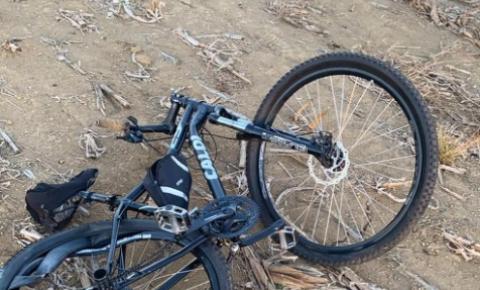 Ciclista morre ao ser atropelado por táxi