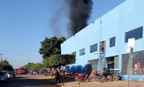 Incêndio é registrado no deposito da empresa Diságua de Cerejeiras