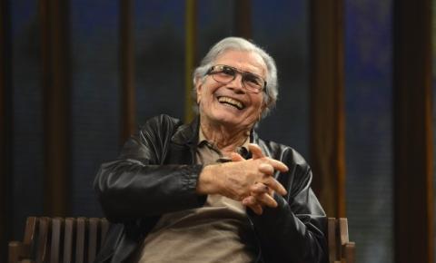 Ator Tarcísio Meira morre de Covid-19 em São Paulo, aos 85 anos, na manhã desta quinta-feira (12).