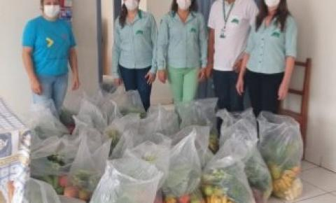 EMATER distribui 40 cestas com produtos da Agricultura Familiar para APAE de Cerejeiras