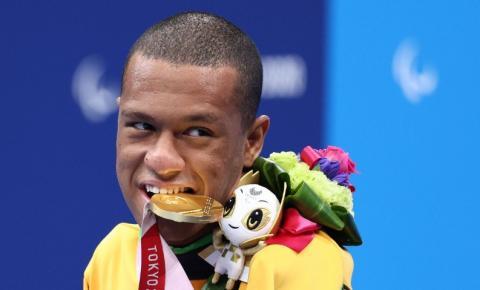 Brasil leva mais dois Ouros e um Bronze na natação em Tóquio