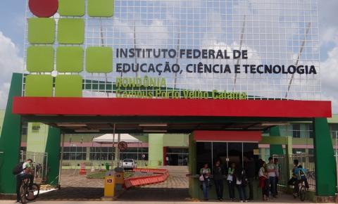 IFRO seleciona bolsistas para atuarem como colaboradores em cursos de formação continuada