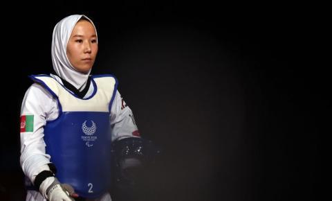 Paralimpíada: atleta afegã estreia após saída secreta de seu país