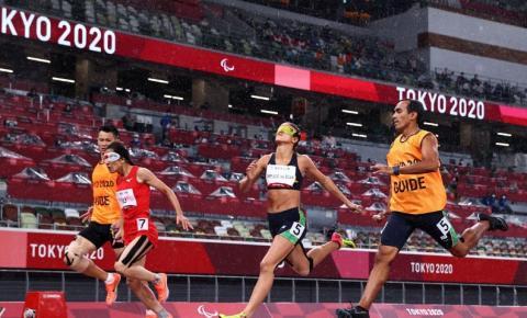 Paralimpíada: Brasil conquista pódio duplo nos 200 metros feminino T11