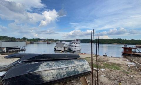 Aeronave de pequeno porte cai em rio em Manaus