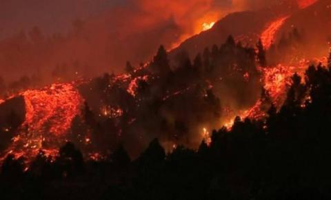 FOTOS: Vulcão nas Ilhas Canárias já destruiu 100 casas em La Palma, que vê situação 'devastadora'