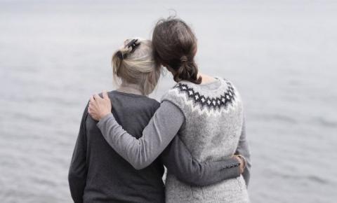 Mulher se liberta de relacionamento abusivo após 55 anos de Casamento