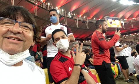 Vereador recebe diárias para participar de Seminário e vai assistir jogo do Flamengo no Maracanã