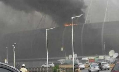 Bombeiros controlam incêndio na Arena Castelão após 3 horas