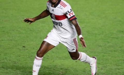 Primeiro Clássico dos Milhões do ano é crucial para Flamengo e Vasco hoje