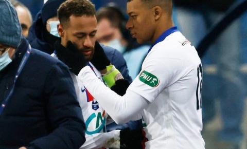 Neymar sai de campo machucado em vitória do PSG na Copa da França