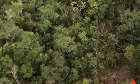 Piloto faz pouso forçado em aldeia indígena após avião ter pane elétrica