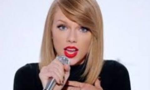 Taylor Swift lança Evermore, seu segundo álbum de 2020