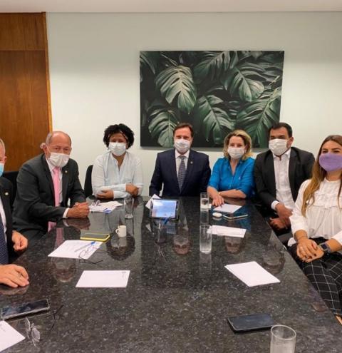 Em Rondônia, deputados federais e senadores disponibilizam R$ 11 milhões para compra de vacinas