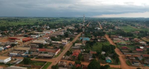 Prefeitura que transferiu alunos para escola distante quase 100 km terá que construir nova unidade escolar em 90 dias, em Rondônia